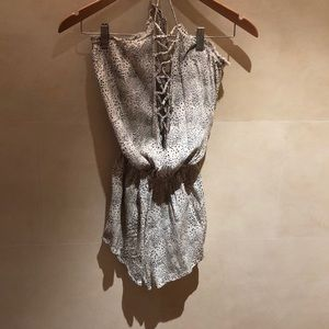 Black and off white speckled romper